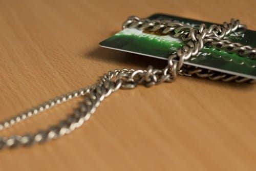 セキュリティコードと暗証番号、サイン。クレジットカードを安全に使うためにある3つの仕組み