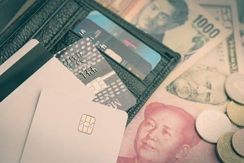 クレジットカード現金化がマイナスのイメージをもたれやすい理由は?